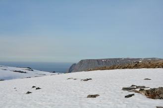 0012 På ski ut til Knivskjellodden, utsikt til Nordkapp