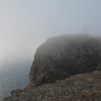 0022 Nordkapp, jeg har nå begynt å gå tilbake til teltet igjen
