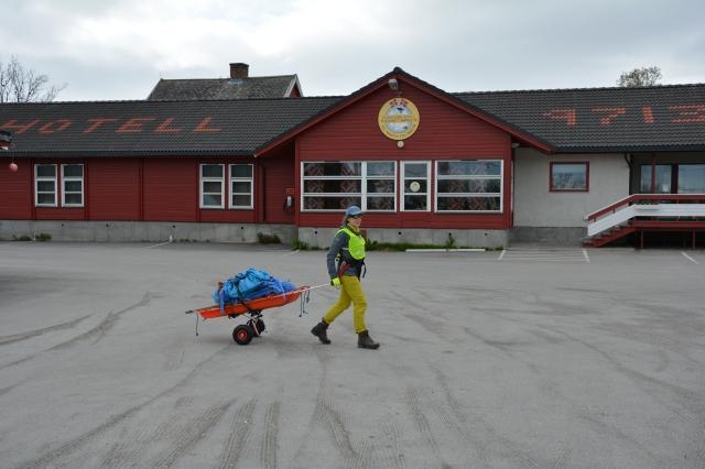 0084 Prøverunde med kjerra, Russnes Olderfjorden