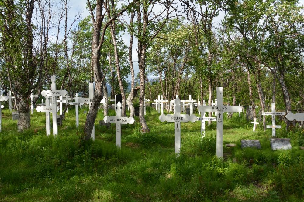 0284 Rallarkirkegården i Tornehavn